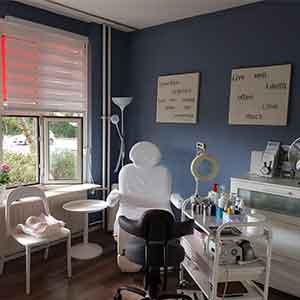 behandelstoel en raam